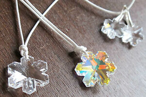 Eiskristall Schneeflocke 20 o 30 mm Anhänger mit SWAROVSKI ® Kristall Snowflake