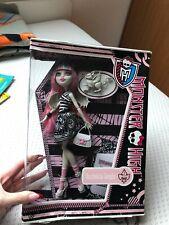 Monster High Rochelle Goyle NEUVE Basic