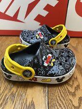 Disney Parks Mickey Mouse Light Up Crocs Clogs child Size 7c Boys Girls Toddler