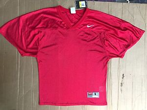 NWT Nike Sz S  Men's Adult Core Practice Football Jersey RED