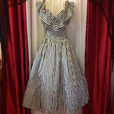 VINTAGE🎉SALE🎉 1950's Victorian striped dress w/ built in crinoline EUC!!!