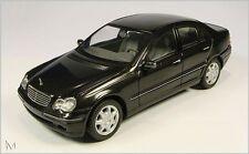Mercedes C-Klasse W 203 Elegance - Modellauto 1:43