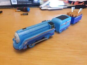 trackmaster thomas the tank engine battery train shooting star gordon