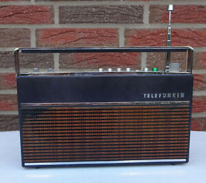 Altes Kofferradio RADIO Transistorradio Telefunken Partner Universal 201