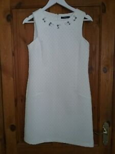 Dunnes  Ladies Ivory White Sleeveless Embroidered Shift Dress Size 8