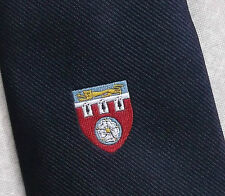 VINTAGE SCUDO STEMMA Emblema Motivo CLUB COLLEGE SCUOLA Tie 1970s Leonard Hudson