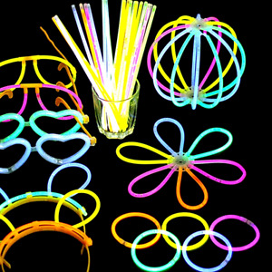 "50/75/100 8"" Glow Sticks Bracelets Neon Color Party Favors Pack with Connectors"