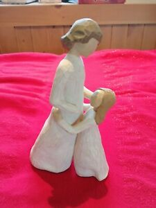 Willow tree mother and daughter figure