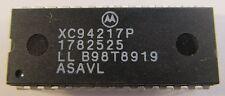 MC68HC04P3 MOTOROLA Infrarot-Fernbedienungs IC  im DIP28 Gehäuse   (A16/6539)