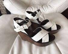 Teoria da donna bianco logo in pelle con zeppa sandali taglia 38.5, si adattano UK 6.5