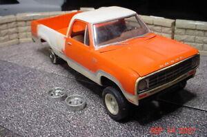 MPC 1976 Dodge AW100 Adventurer SE 4x4 Orange & White 1/25 Model Parts?