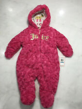 Juicy Couture Baby Snowsuit Bunting Size 6-9 Months NEW Plush Pink Pram(S10)