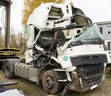 2014 VOLVO FH4  EURO 6 breaking for parts