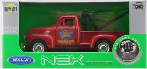 WELLY 1953 CHEVROLET TOW TRUCK RED 1:34 DIE CAST METAL MODEL NEW IN BOX