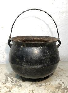 1800s Gate Marked Cast Iron Pot 3 Legged Bean Stew Kettle Cauldron Marked 1 1/2