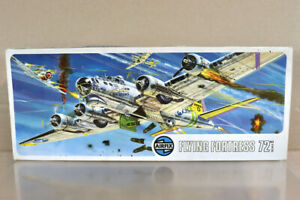 AIRFIX 05005 1:72 SERIES 5 WWII USAF BOEING B17G FLYING FORTRESS BOMBER PLANE oa