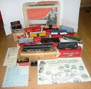 VERY RARE VTG.1950'S AMERICAN FLYER ENGINE TRAIN SET W/BOXES OUTFIT # 20545 NMIB