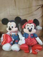 "2021 Disney Store Mickey & Minnie Mouse Valentine's Day Plush Medium 16"" NWT"