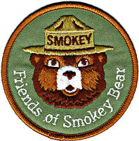 ⫸ Official FRIENDS OF SMOKEY BEAR Embroidered US Forest Service Patch NEW S8