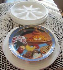 """Jim Davis A Day With Garfield """"And now for dessert"""" 1978 Collector Plate So Fun"""
