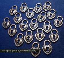 20 Heart with key hole shaped ant copper plated pendants charms 17x12x2mm cfp090
