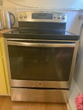 Ge Adora Electric Range and Oven