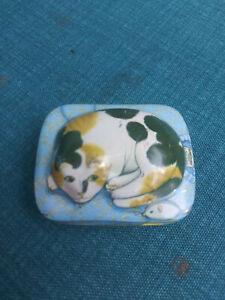 Vintage Resting Cat Mini TinPin Tin Hunkydory Design Dana Kubick 1984