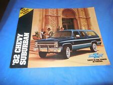 1982 SUBURBAN ORIGINAL SALES BROCHURE!! SUPER PHOTOS & INFORMATION! MUST SEE