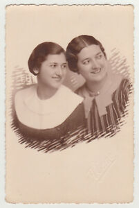Two Affectionate Pretty Young Women Closeness Cute Lady Girls Female 1930s Photo