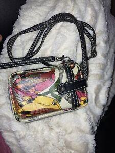 Sakroots Smartphone Wristlet Phone Case Wallet Crossbody