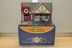 Texaco Old Timer Collection II Service Station Replica 1940 K-40731 Gas Station