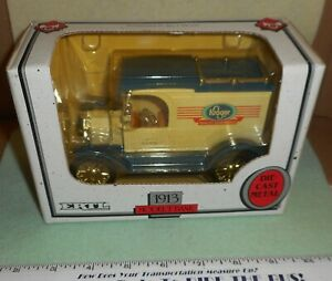 1994  ERTL   1913   MODEL  T   DIE CAST   METAL  COIN   BANK   SCALE   1/25  NIB