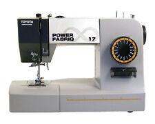 Toyota PowerFabriQ - Freiarmnähmaschine 17 Programme, dickes Material B-Ware