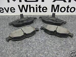 01-06 Sebring Stratus New Front Brake Pads Pad Mopar Factory Oem