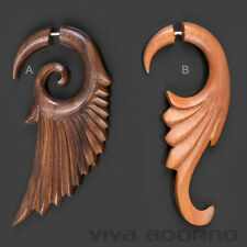 Fake Spirale Flügel geschnitzt Holz  Ohr Piercing Ohrring Engelsflügel CC40