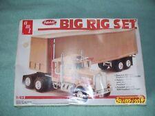 AMT / Matchbox 1:43 Peterbilt 359 w/ 40' Fruehauf trailer Big Rig set, sealed