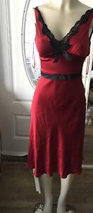 MODA INTERNATIONAL Sexy Red  100% SILK SLEEVELESS DRESS SIZE 2