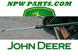 USED Hydraulic Gate Cylinder 430, 530  John Deere AE40898 AH221277 AE57211