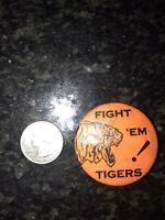 FARMINGTON MINNESOTA FIGHT 'EM TIGERS! Pin VINTAGE Classic Pinback