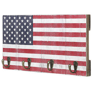 Wall Mounted Wooden 4-Hook Key Rack with American Flag Design