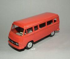Cursor Modell 970: MB L 206 D/ 306D Orange-Rot Kleinbus 1:50 Ganzmetall