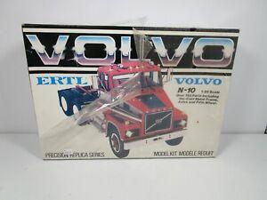 ERTL 1/25 VOLVO N-10 SEMI TRUCK PLASTIC MODEL KIT *READ* NEW
