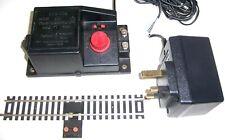 Hornby 00 Gauge R965 controller, C990 Mains adaptor & R8206 power rail, from Set