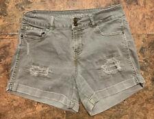 Vanilla Star Shorts Size 9 Army Green Mid Rise Midi