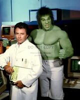 "BILL BIXBY & LOU FERRIGNO IN ""THE INCREDIBLE HULK""  8X10 PUBLICITY PHOTO (AZ700)"