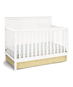 Delta Children Gateway 4-in-1 Crib - White (7312-100)