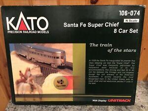 Kato N #106-074;Santa Fe Super Chief 8 Car Passenger Set With Display Unitrack
