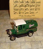 LLEDO - DAYS GONE - 1920 MODEL T FORD TANKER - WAKEFIELD CASTROL MOTOR OIL -BOXD