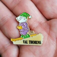 Vintage Enamel Sports pin Badge French VAL THORENS Ski Skiing FRANCE