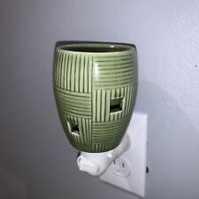 Scentsy Green Bamboo Basket Weave Wall Plug-In Wax Warmer, Bulb Not Included